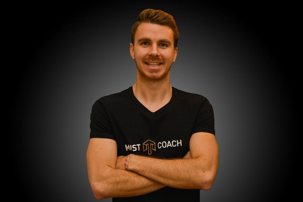 coach Hugo
